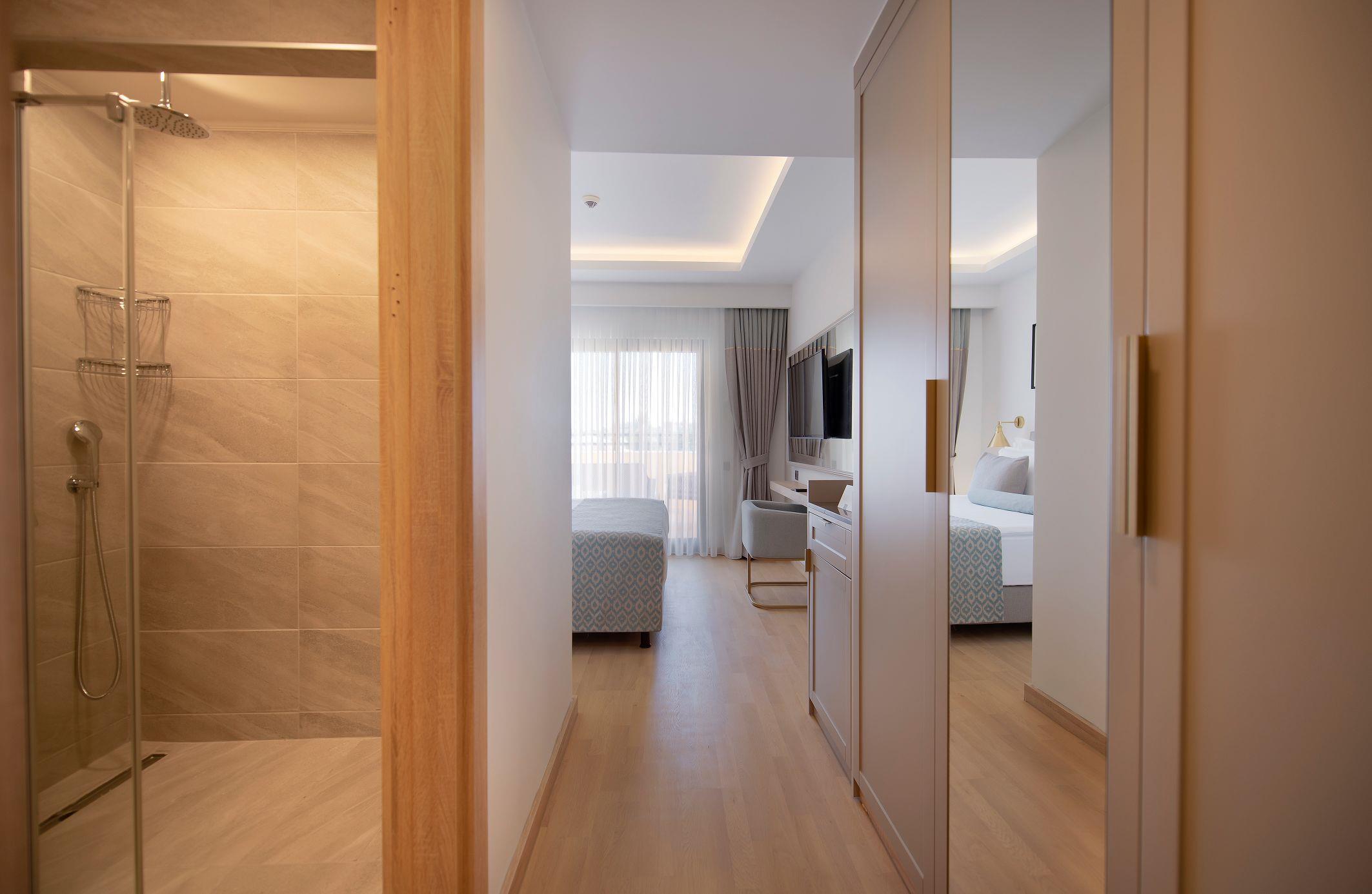 http://www.orextravel.sk/OREX/hotelphotos/miramare-queen-hotel-general-0030.jpg