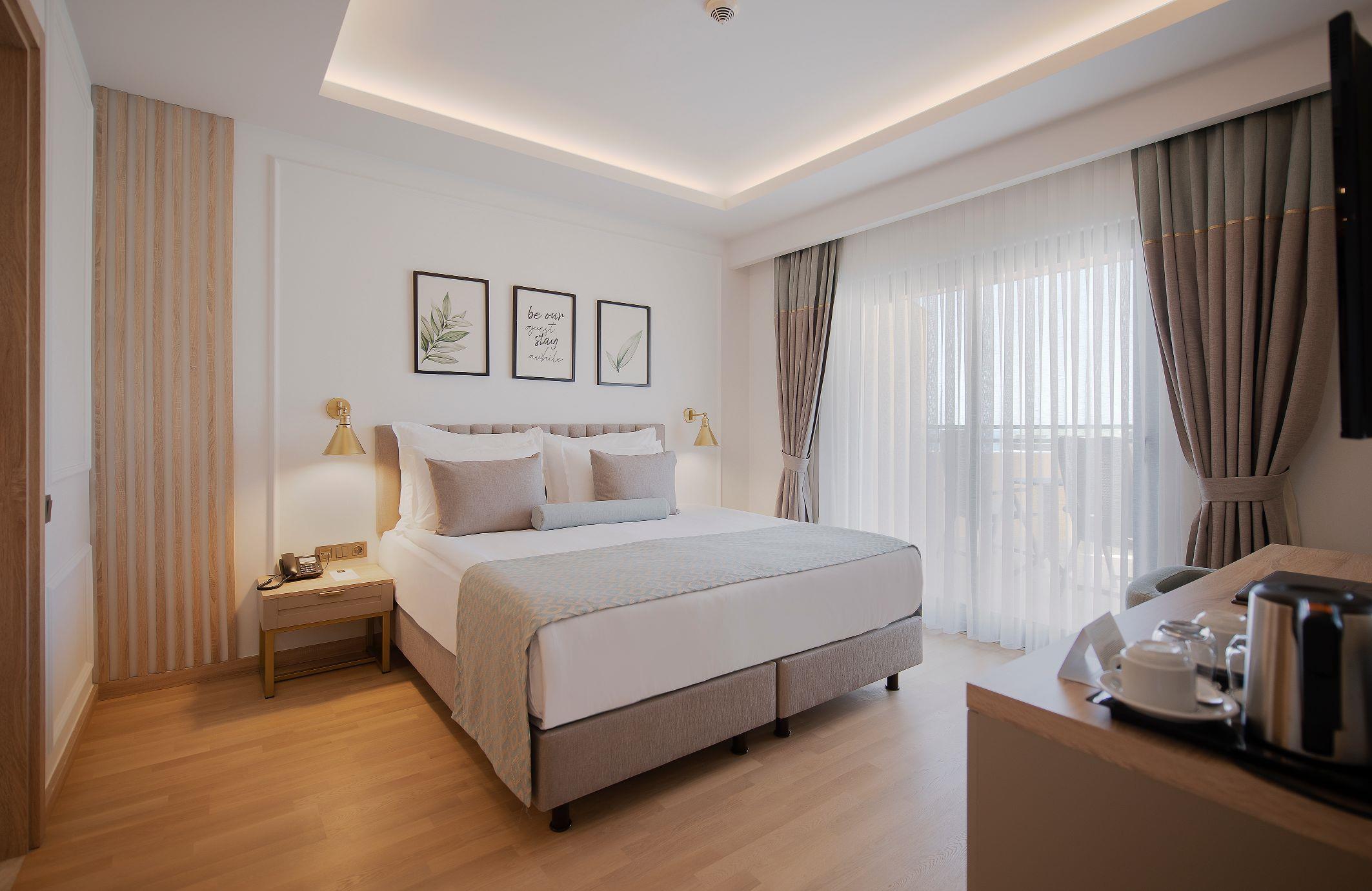 http://www.orextravel.sk/OREX/hotelphotos/miramare-queen-hotel-general-0031.jpg