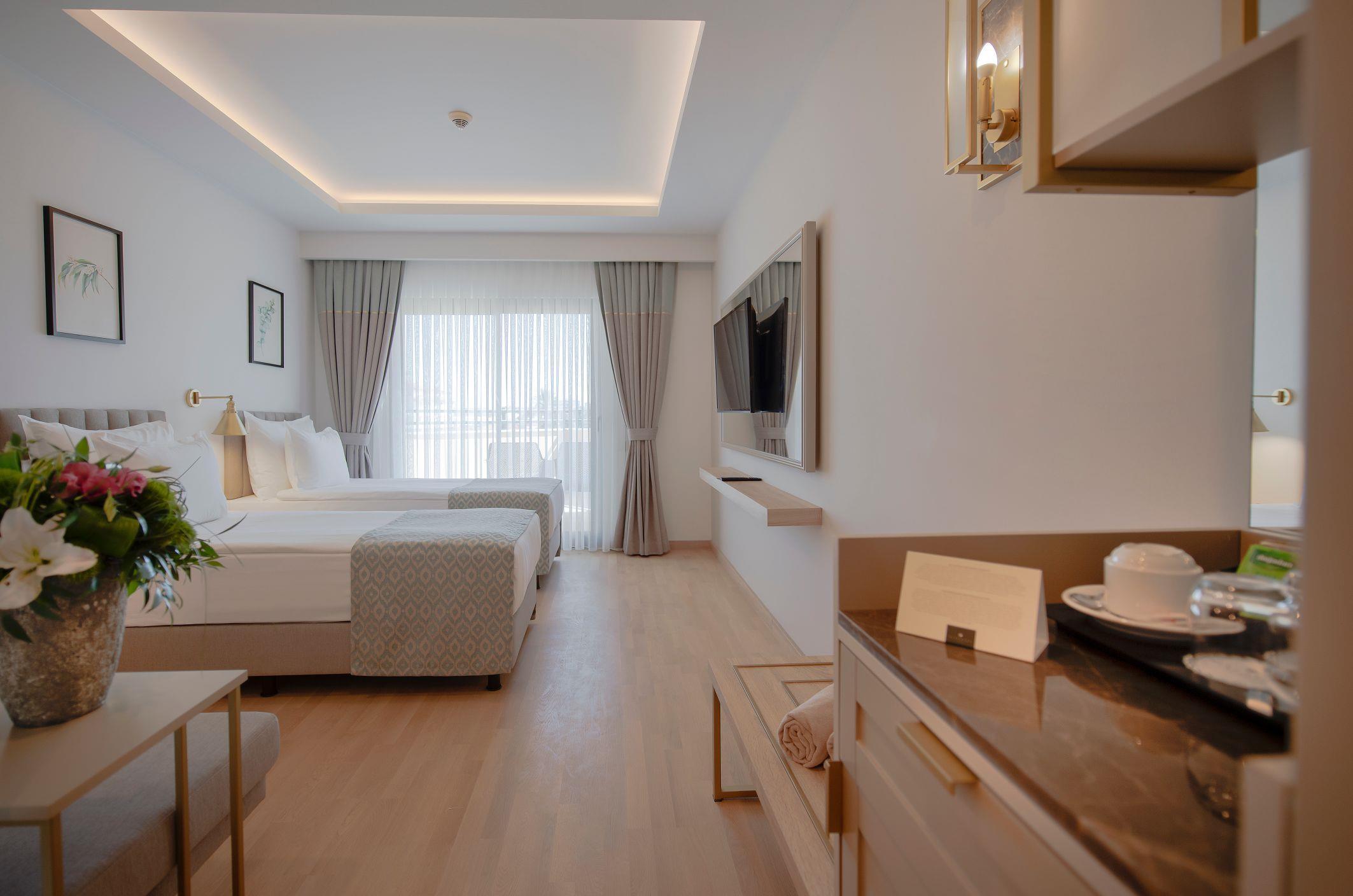 http://www.orextravel.sk/OREX/hotelphotos/miramare-queen-hotel-general-0034.jpg