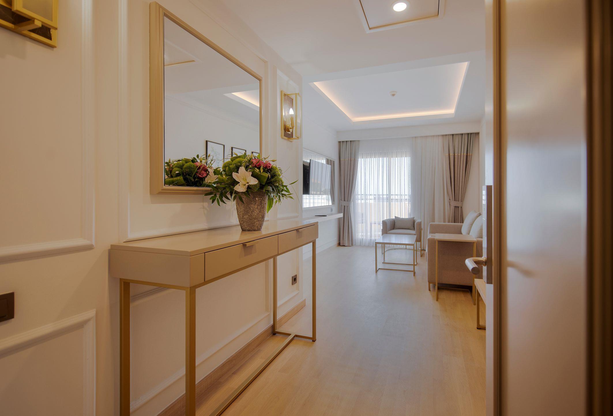http://www.orextravel.sk/OREX/hotelphotos/miramare-queen-hotel-general-0044.jpg