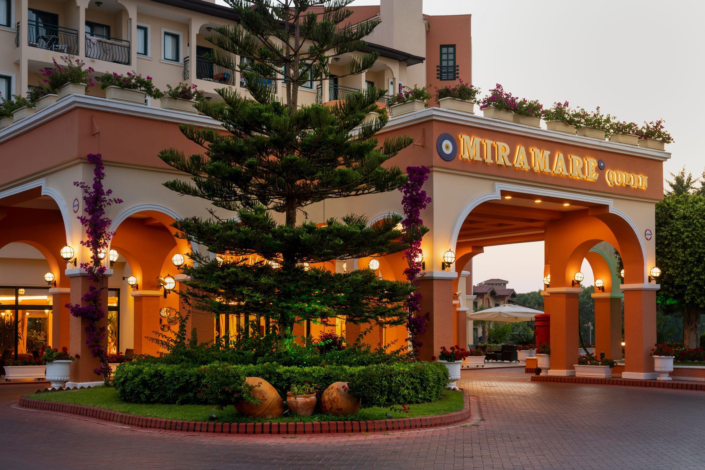 http://www.orextravel.sk/OREX/hotelphotos/miramare-queen-hotel-general-0048.jpg