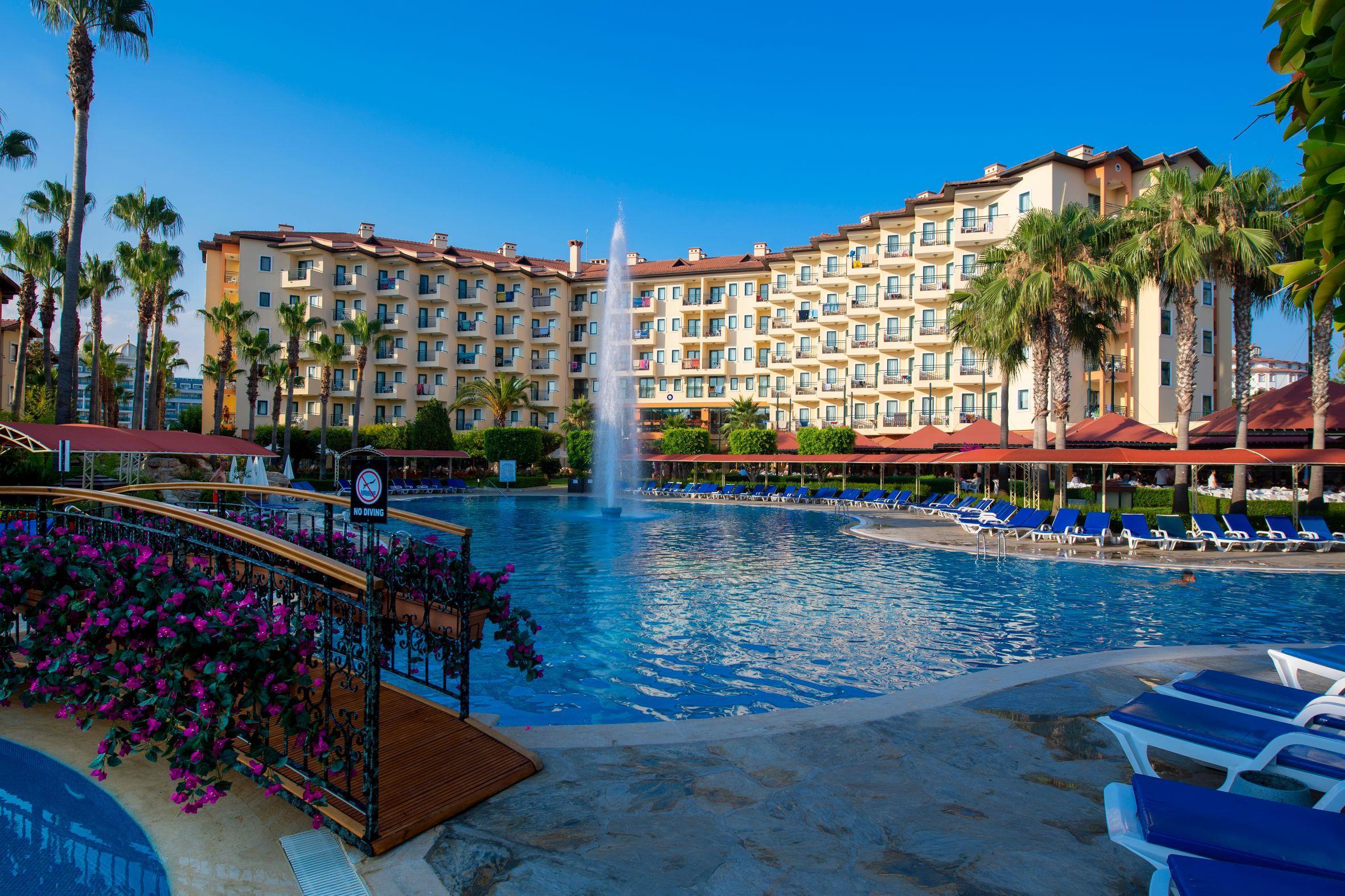 http://www.orextravel.sk/OREX/hotelphotos/miramare-queen-hotel-general-0050.jpg
