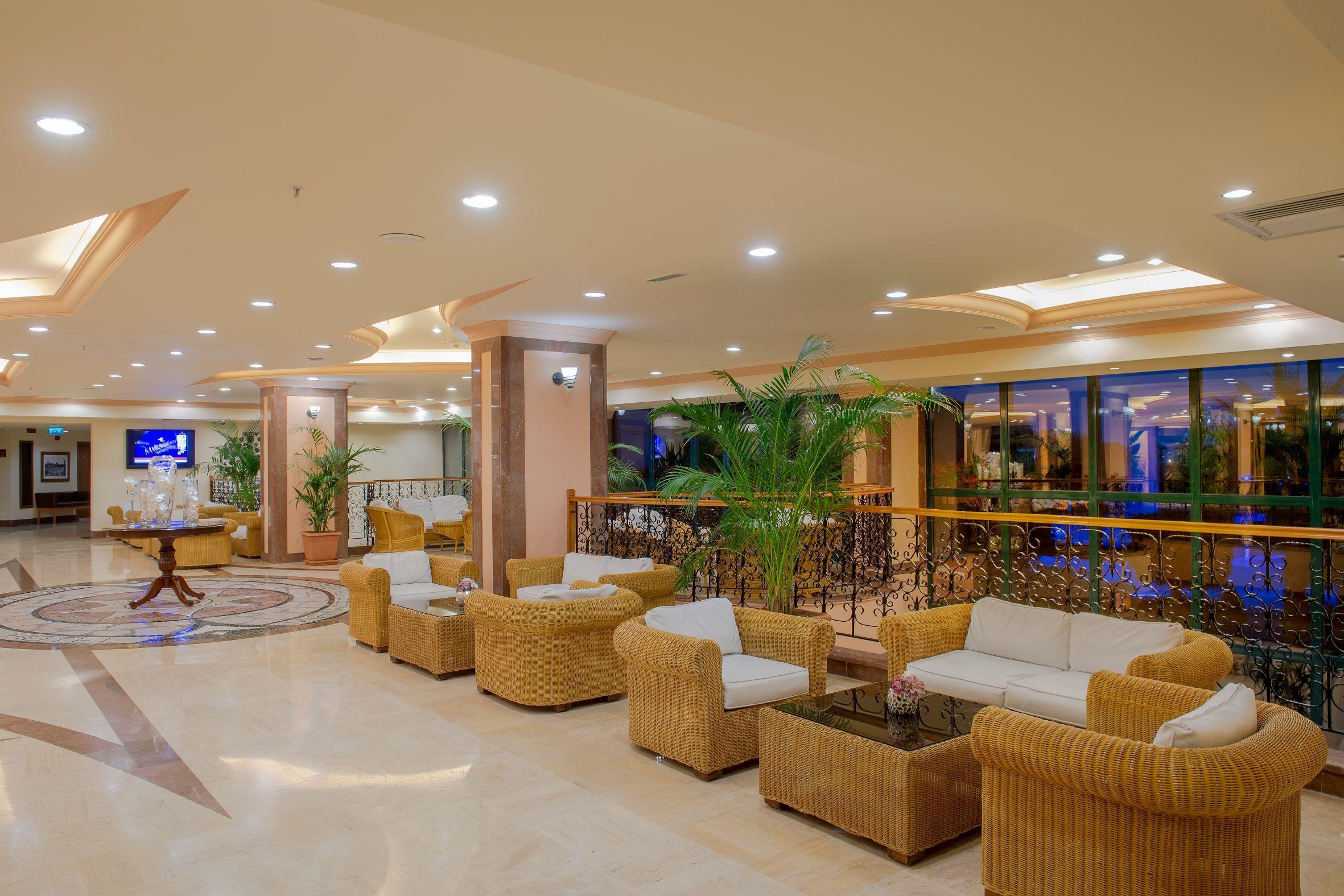 http://www.orextravel.sk/OREX/hotelphotos/miramare-queen-hotel-general-0051.jpg