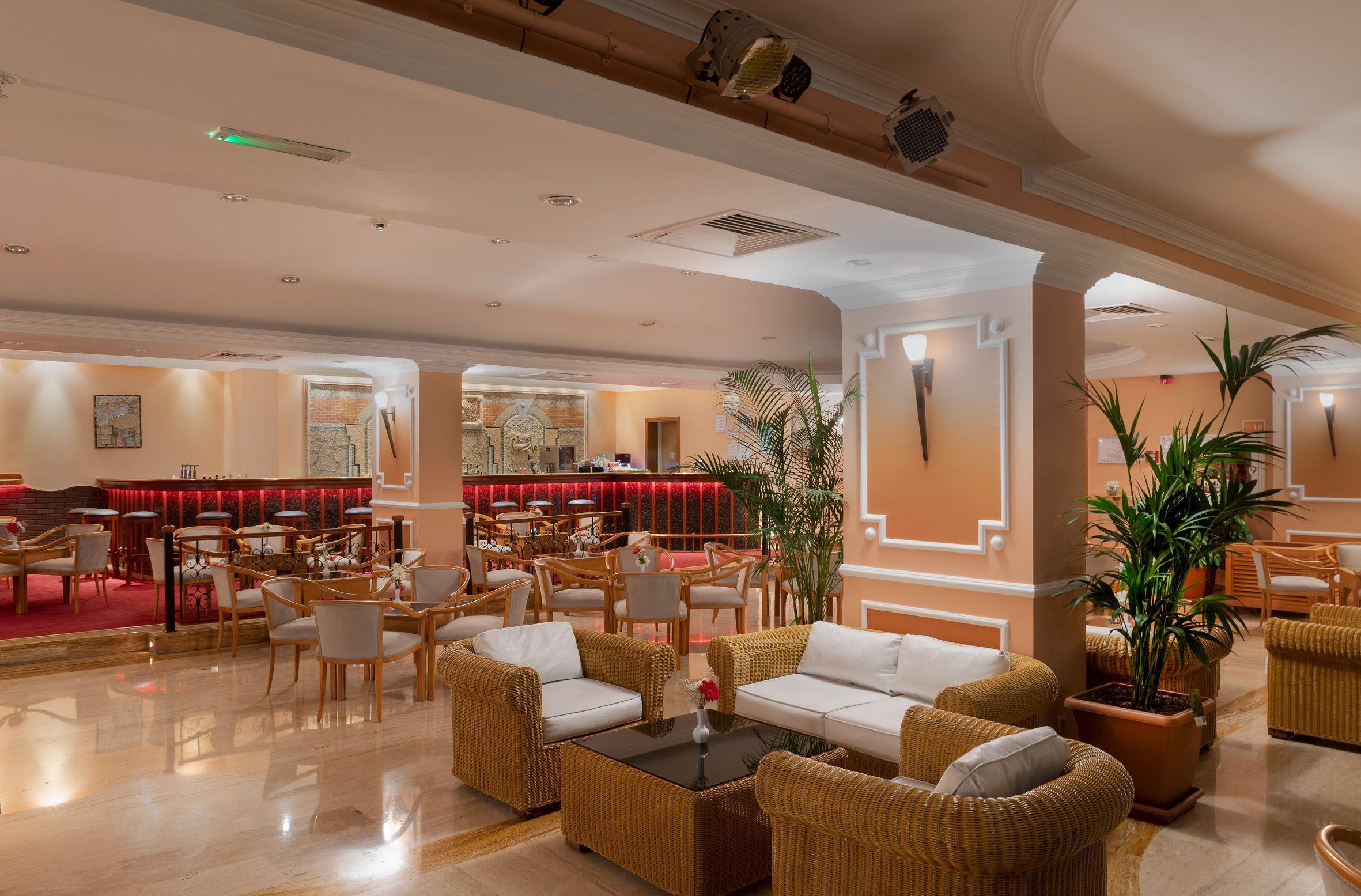 http://www.orextravel.sk/OREX/hotelphotos/miramare-queen-hotel-general-0054.jpg