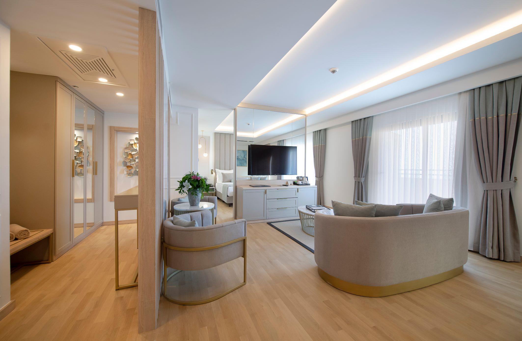http://www.orextravel.sk/OREX/hotelphotos/miramare-queen-hotel-general-008.jpg