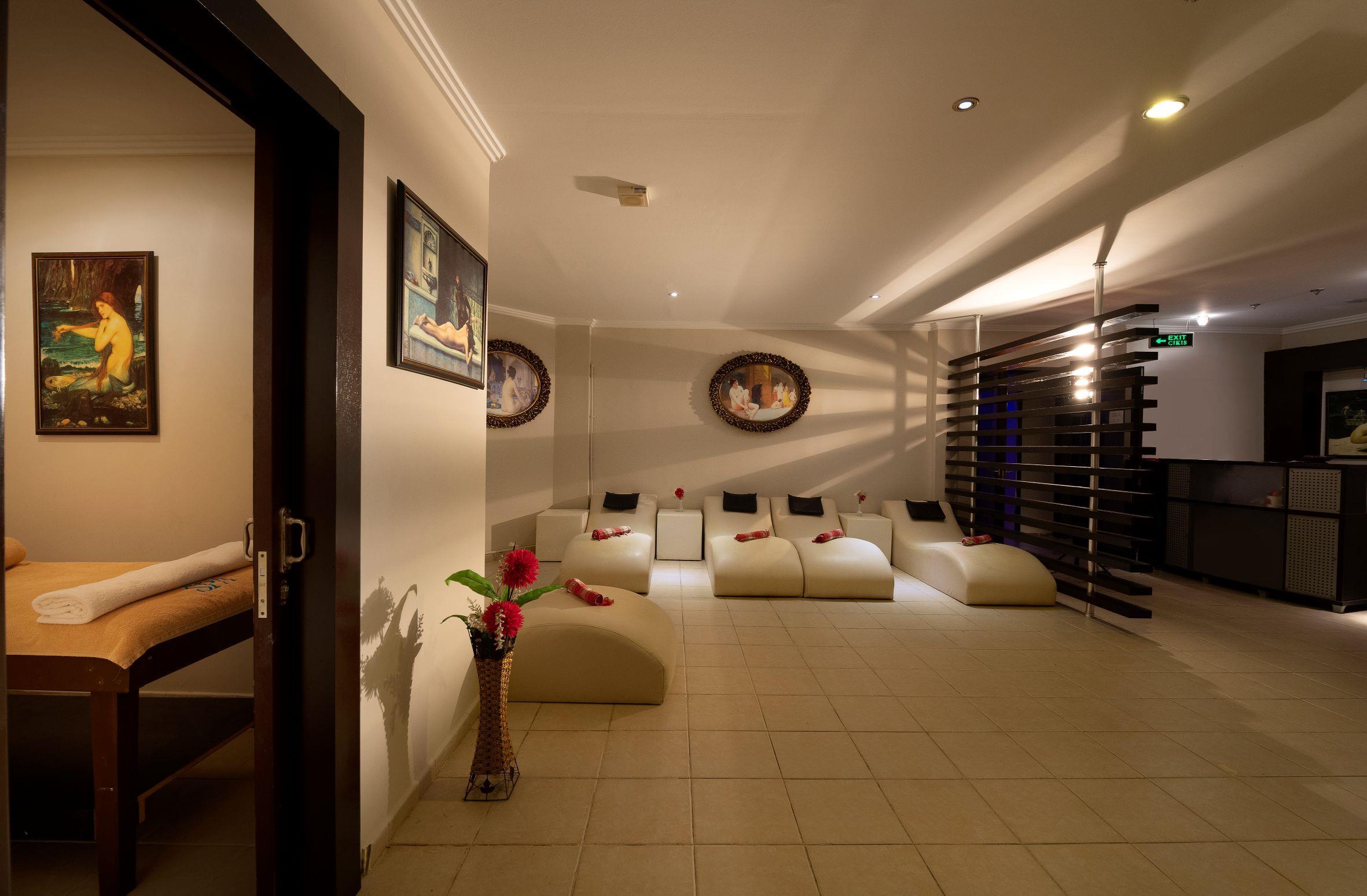 http://www.orextravel.sk/OREX/hotelphotos/miramare-queen-hotel-general-0087.jpg