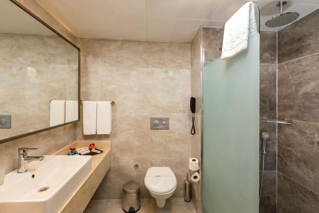 http://www.orextravel.sk/OREX/hotelphotos/narcia-resort-hotel-general-0018.jpg