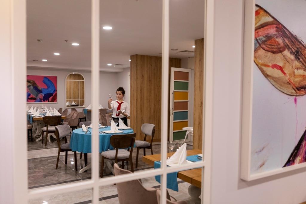 http://www.orextravel.sk/OREX/hotelphotos/narcia-resort-hotel-general-0020.jpg