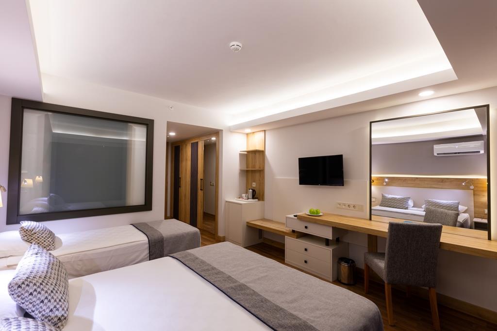 http://www.orextravel.sk/OREX/hotelphotos/narcia-resort-hotel-general-0022.jpg