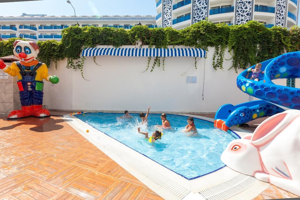 http://www.orextravel.sk/OREX/hotelphotos/narcia-resort-hotel-general-0030.jpg