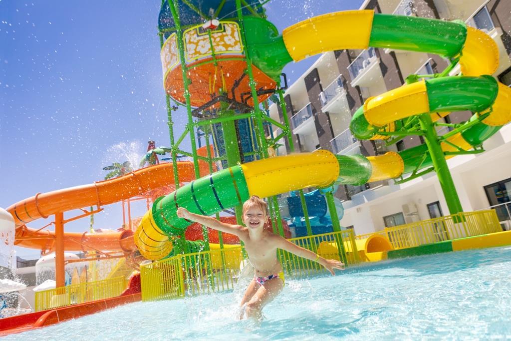 http://www.orextravel.sk/OREX/hotelphotos/narcia-resort-hotel-general-004.jpg
