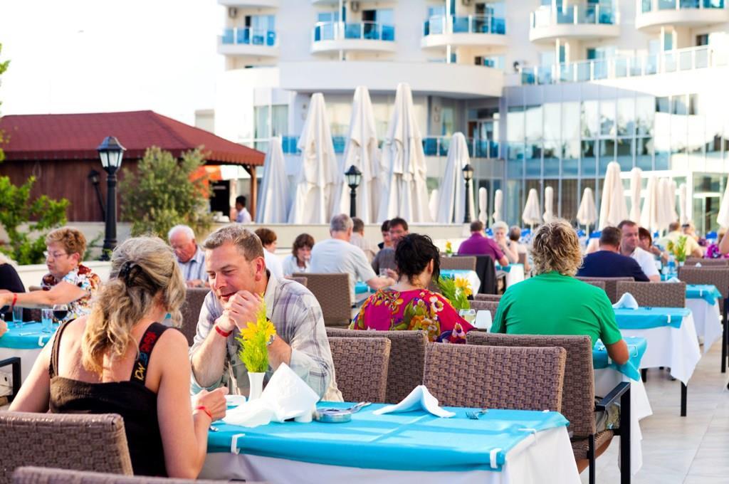 http://www.orextravel.sk/OREX/hotelphotos/narcia-resort-hotel-general-0041.jpg
