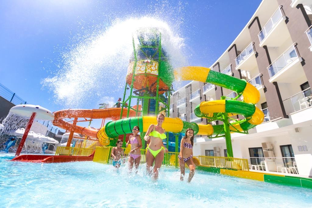 http://www.orextravel.sk/OREX/hotelphotos/narcia-resort-hotel-general-006.jpg
