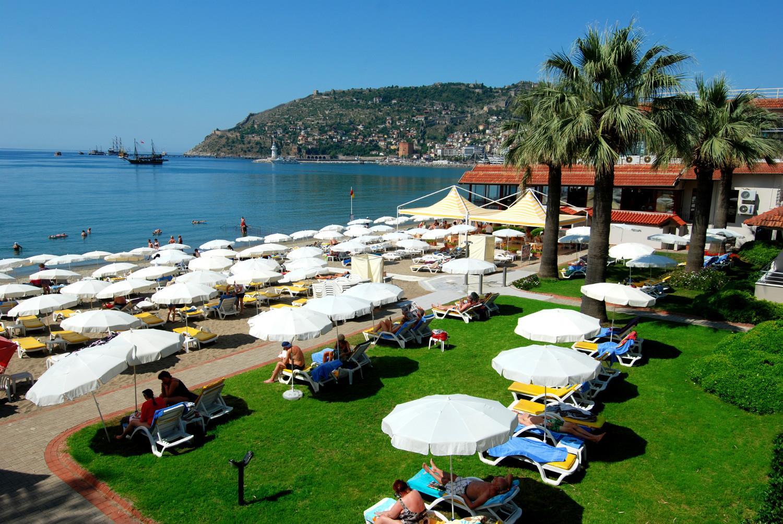 http://www.orextravel.sk/OREX/hotelphotos/panorama-hotel-area-0013.jpg
