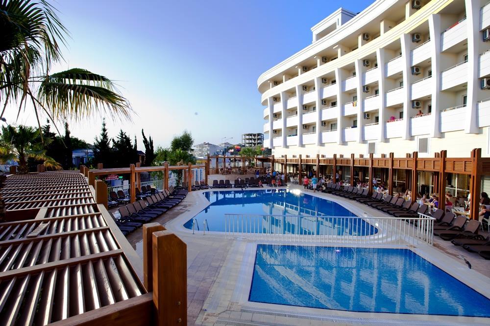 side-alegria-hotel-and-spa-general-0011