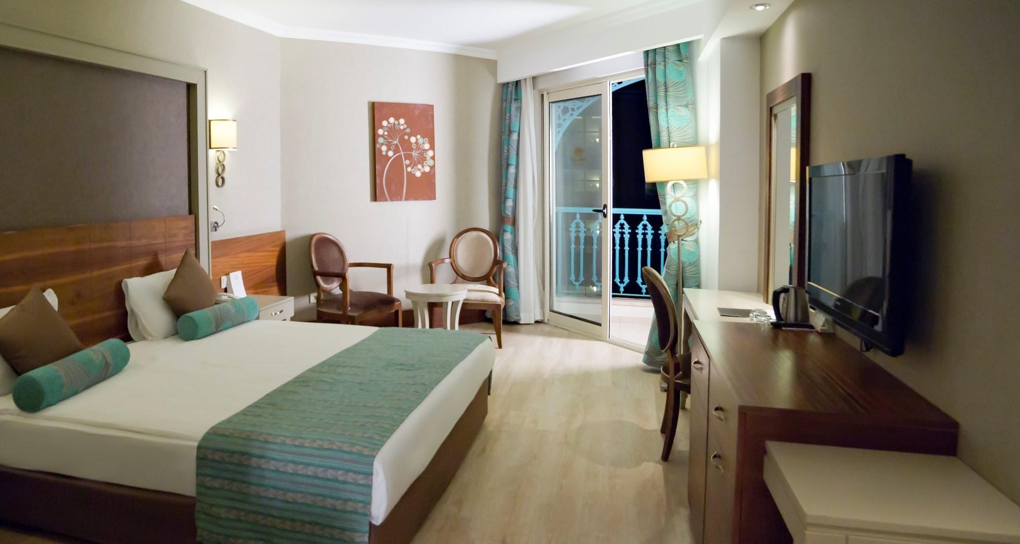http://www.orextravel.sk/OREX/hotelphotos/side-crown-palace-general-114392.jpg
