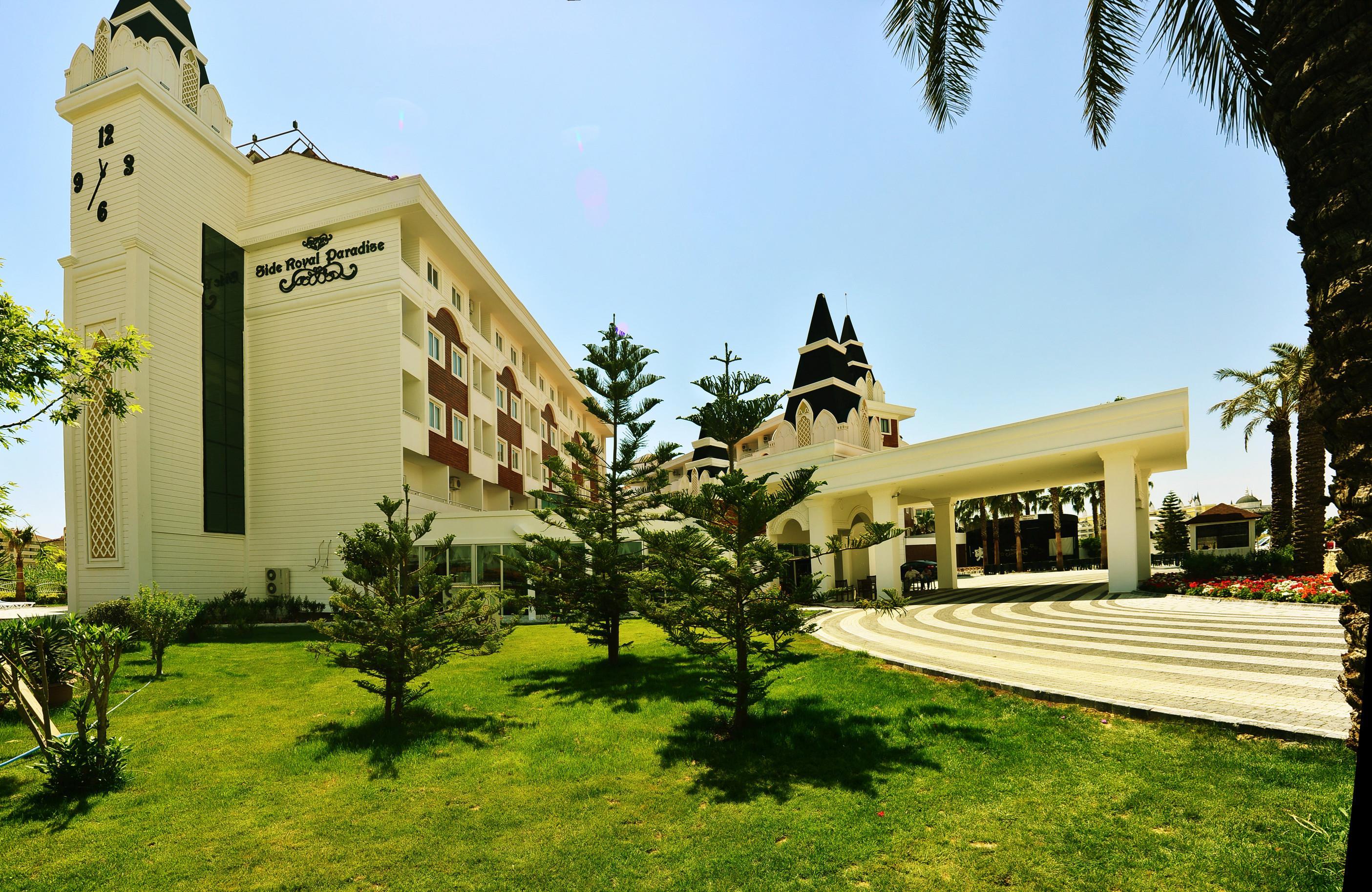 http://www.orextravel.sk/OREX/hotelphotos/side-royal-paradise-general-002.jpg
