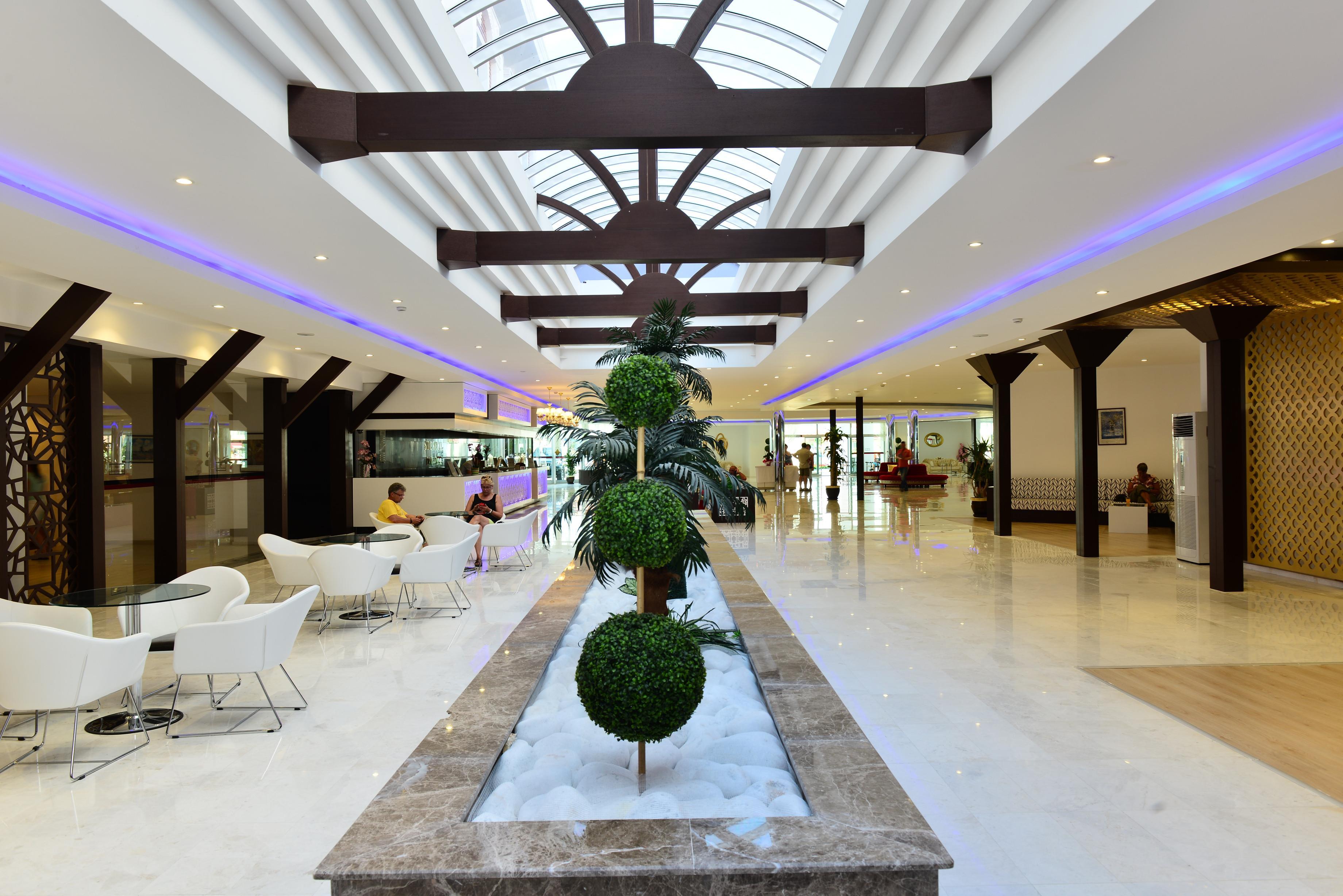 http://www.orextravel.sk/OREX/hotelphotos/side-royal-paradise-general-0026.jpg