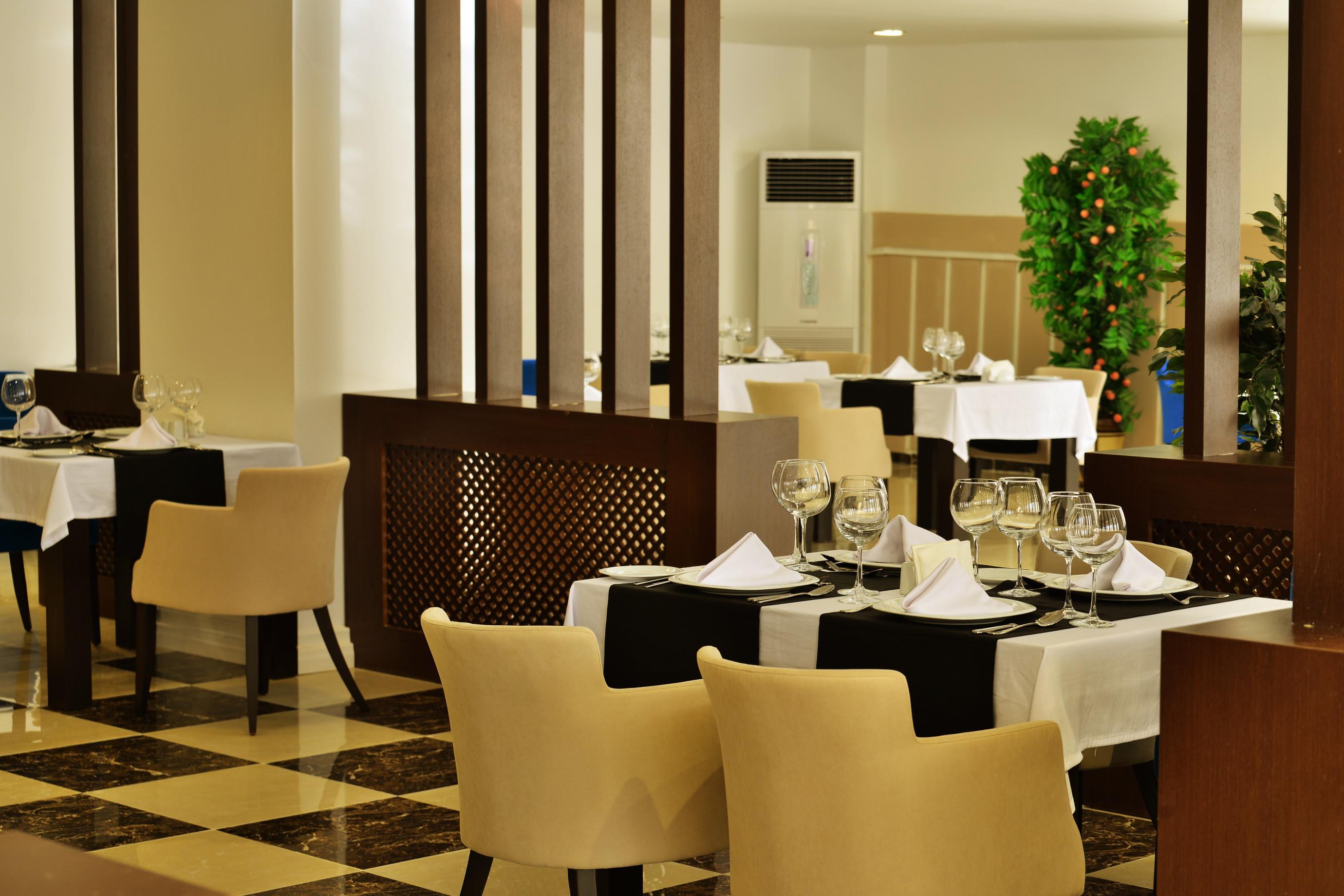 http://www.orextravel.sk/OREX/hotelphotos/side-royal-paradise-general-0031.jpg