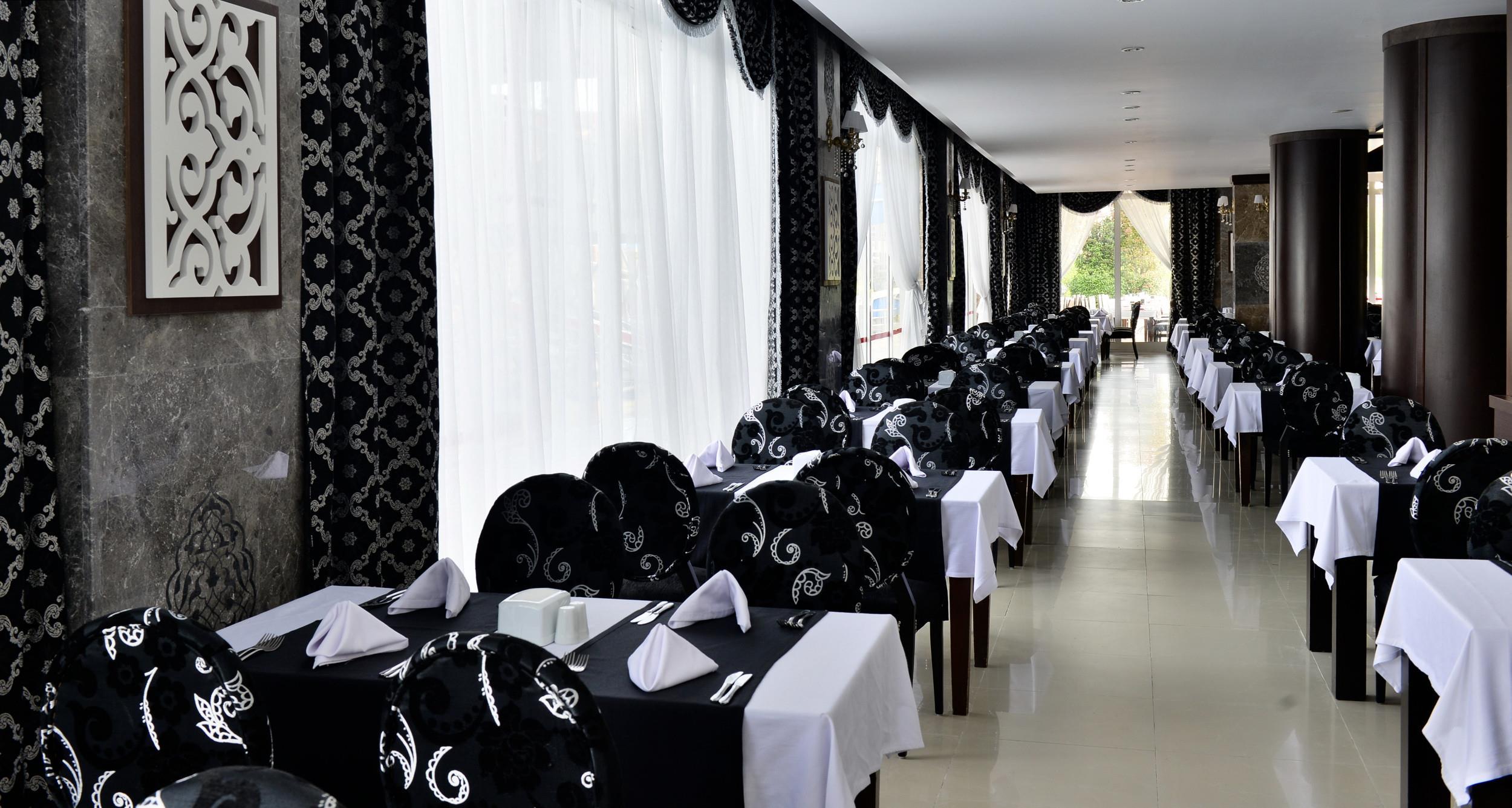 http://www.orextravel.sk/OREX/hotelphotos/side-royal-paradise-general-0032.jpg