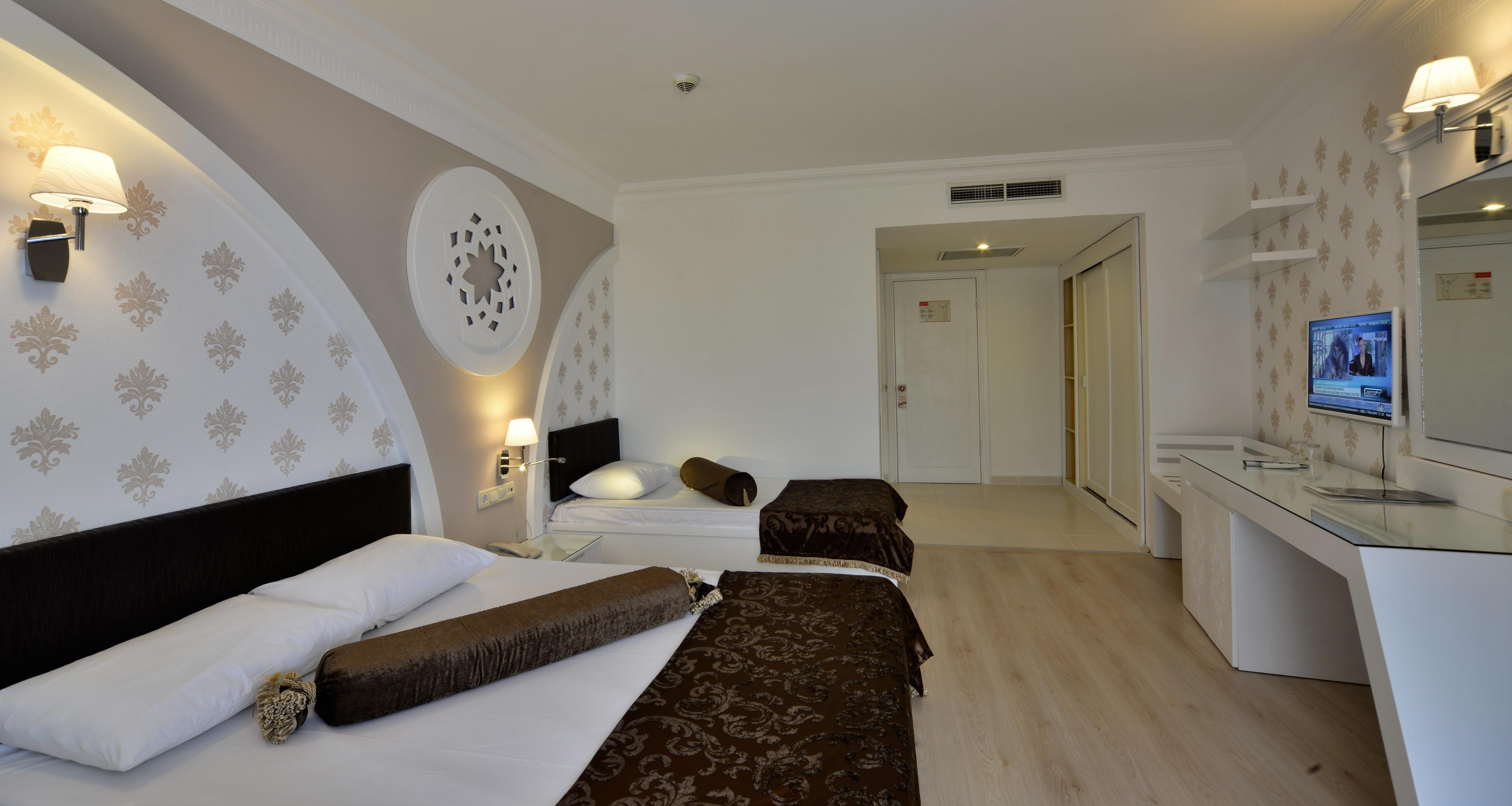 http://www.orextravel.sk/OREX/hotelphotos/side-royal-paradise-general-006.jpg