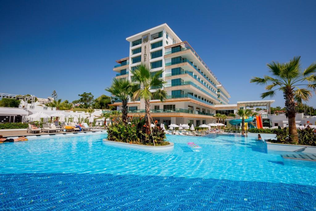 side-sungate-hotel-068.jpg