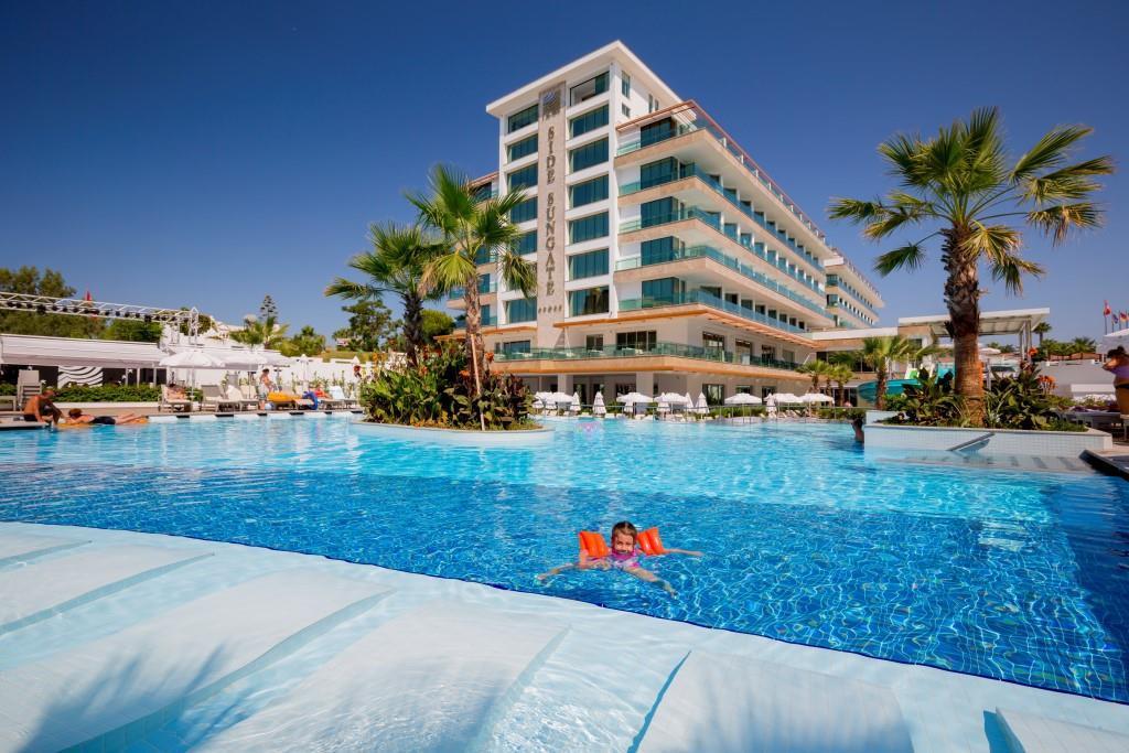 side-sungate-hotel-069.jpg