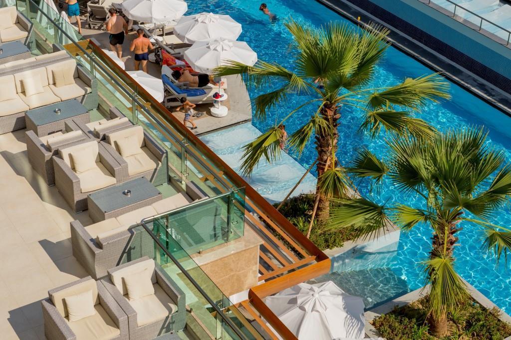 side-sungate-hotel-080.jpg