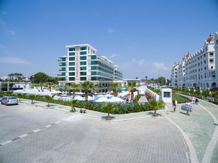 side-sungate-hotel-106.jpg