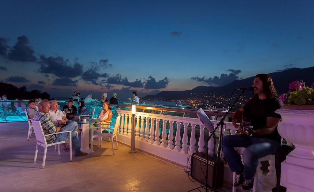 http://www.orextravel.sk/OREX/hotelphotos/sunny-hill-alya-general-0010.jpg