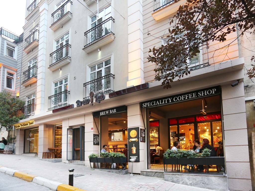 http://www.orextravel.sk/OREX/hotelphotos/taksim-premium-general-002.jpg