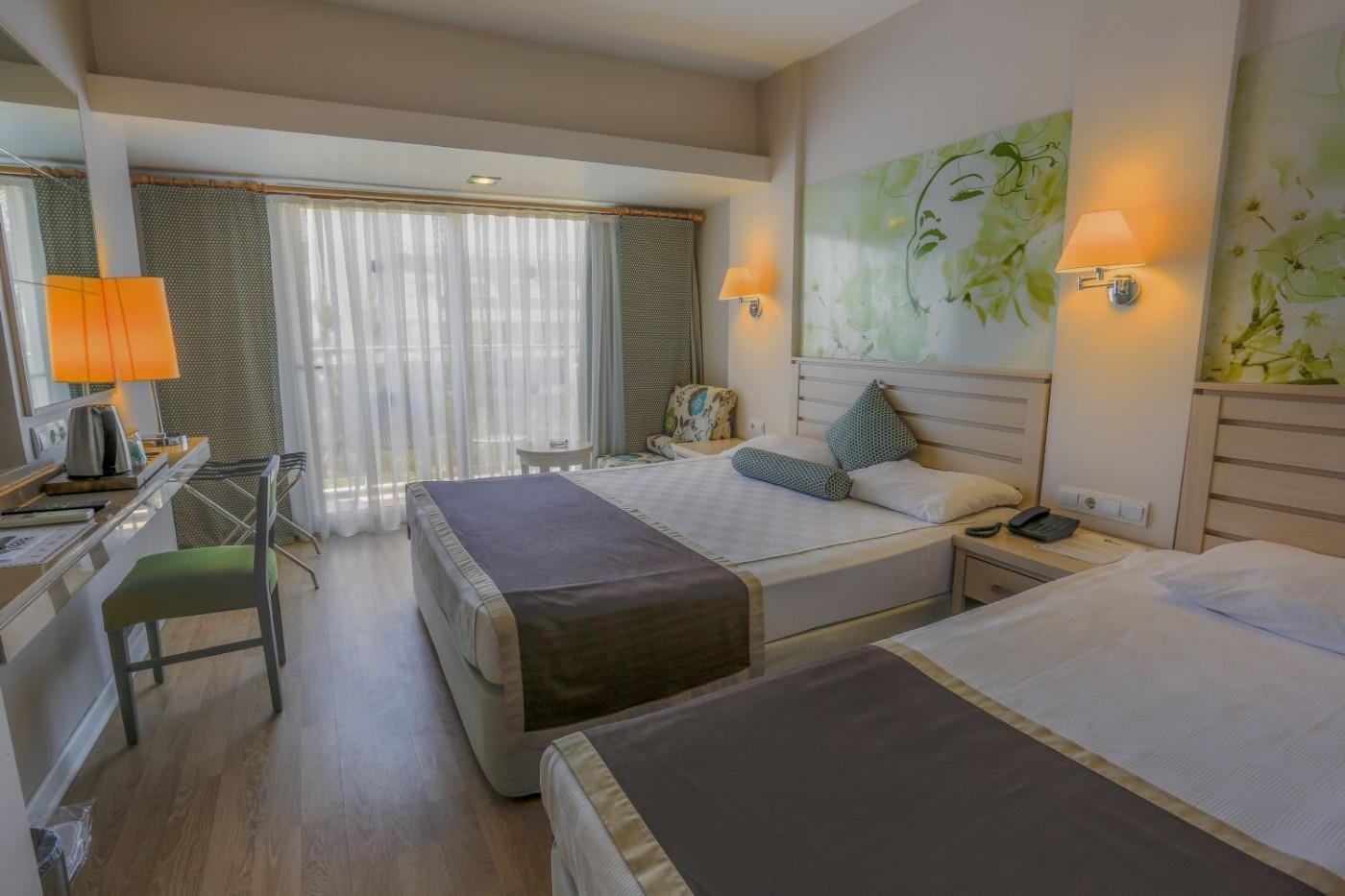 http://www.orextravel.sk/OREX/hotelphotos/thalia-unique-area-0023.jpg