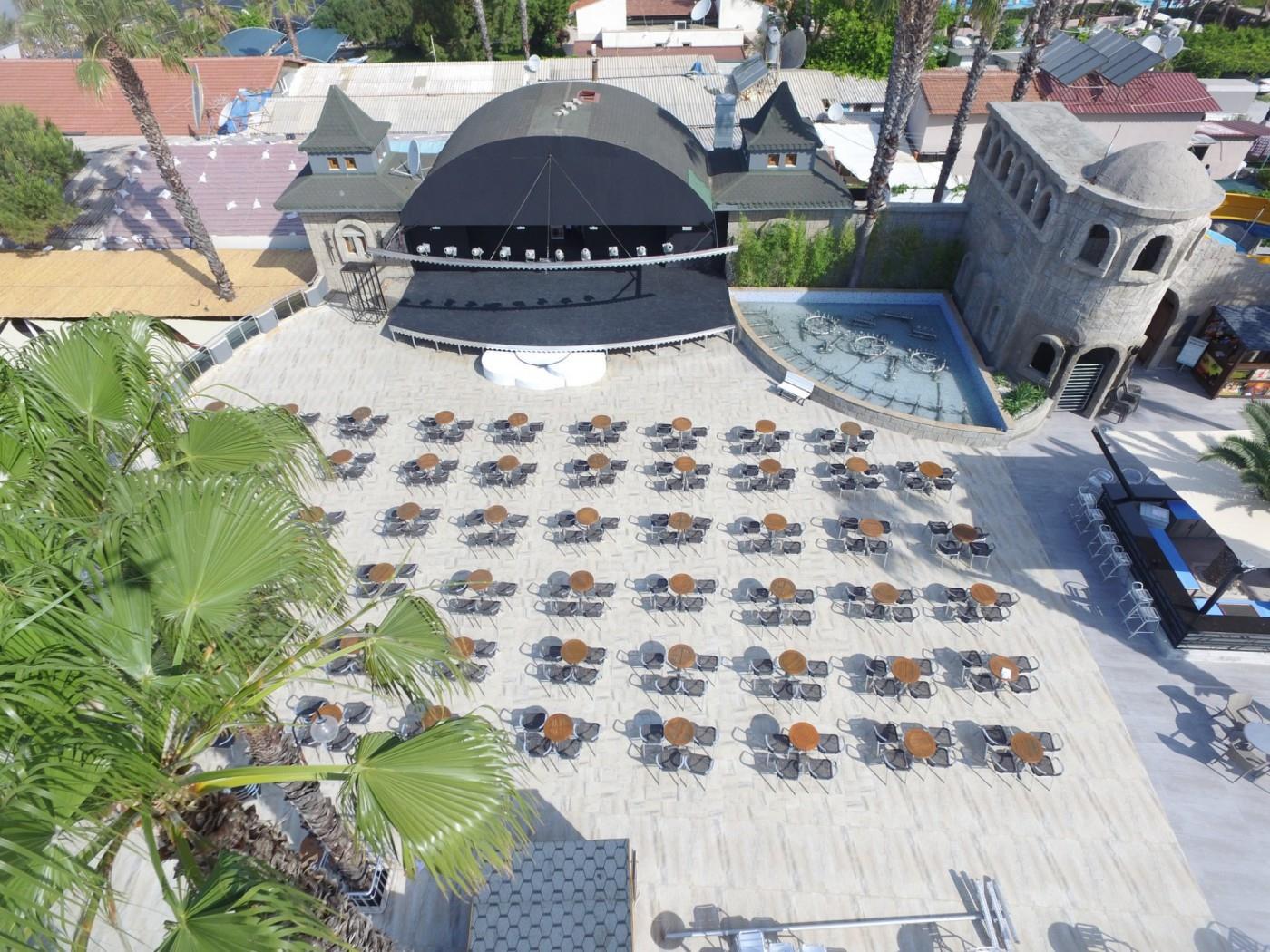 http://www.orextravel.sk/OREX/hotelphotos/thalia-unique-area-003.jpg