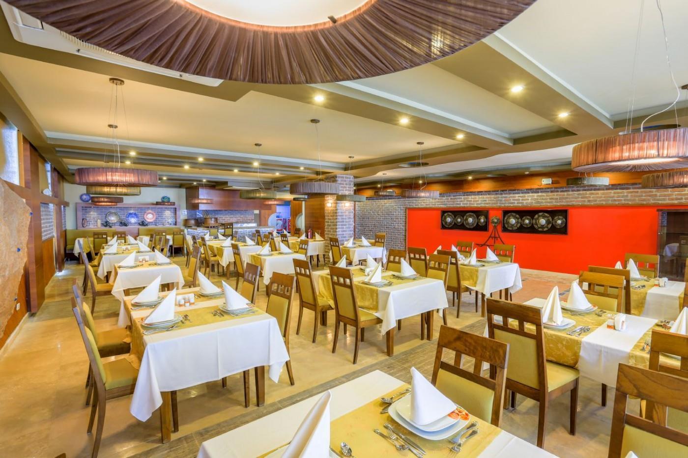 http://www.orextravel.sk/OREX/hotelphotos/thalia-unique-area-0030.jpg