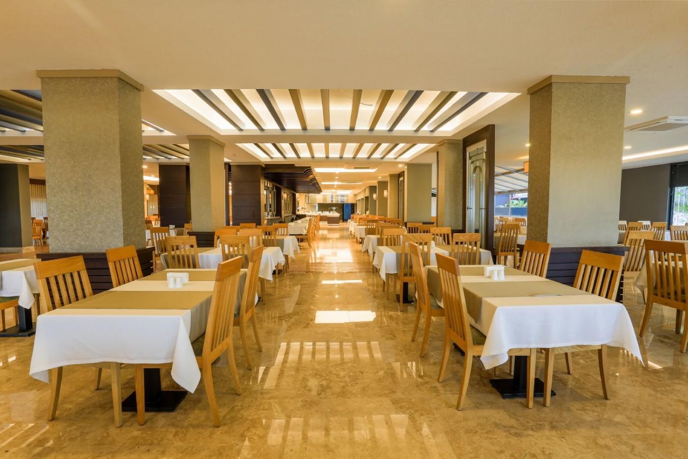 http://www.orextravel.sk/OREX/hotelphotos/thalia-unique-area-0033.jpg