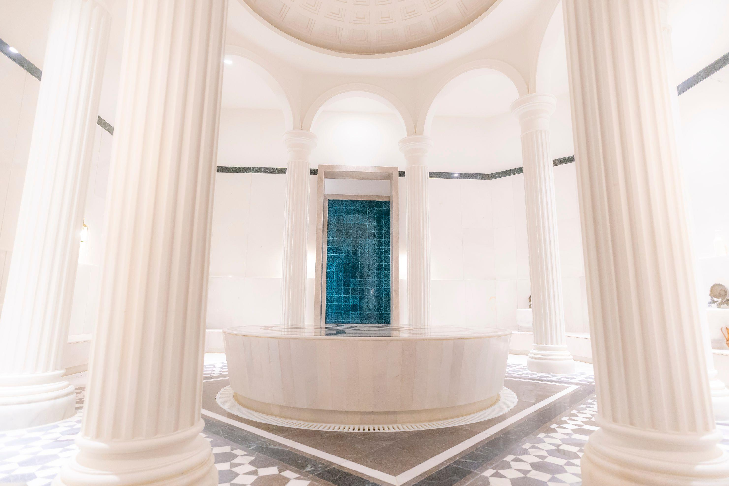 http://www.orextravel.sk/OREX/hotelphotos/the-land-of-legends-general-002.jpg