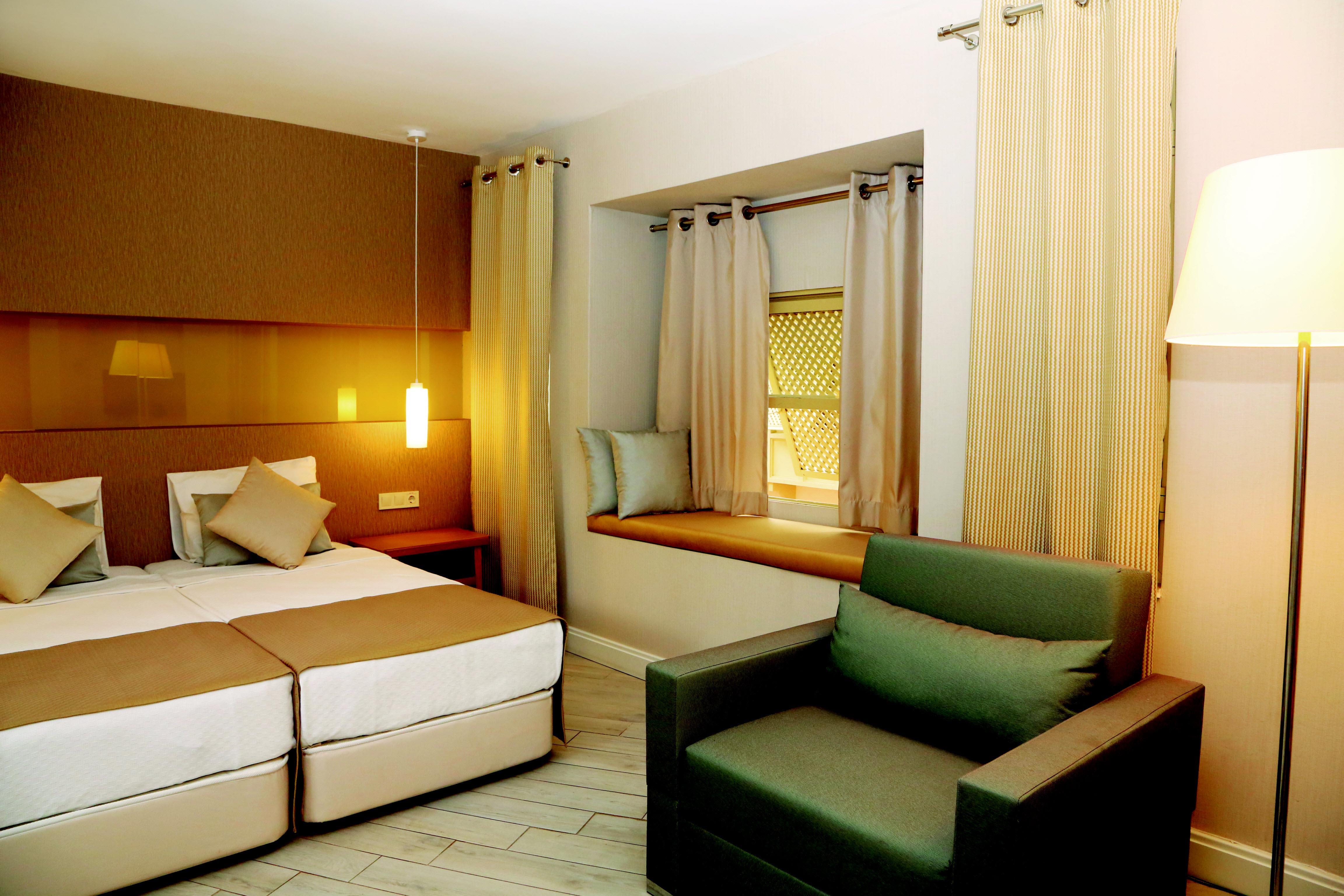 http://www.orextravel.sk/OREX/hotelphotos/ulusoy-kemer-holiday-club-area-0015.jpg