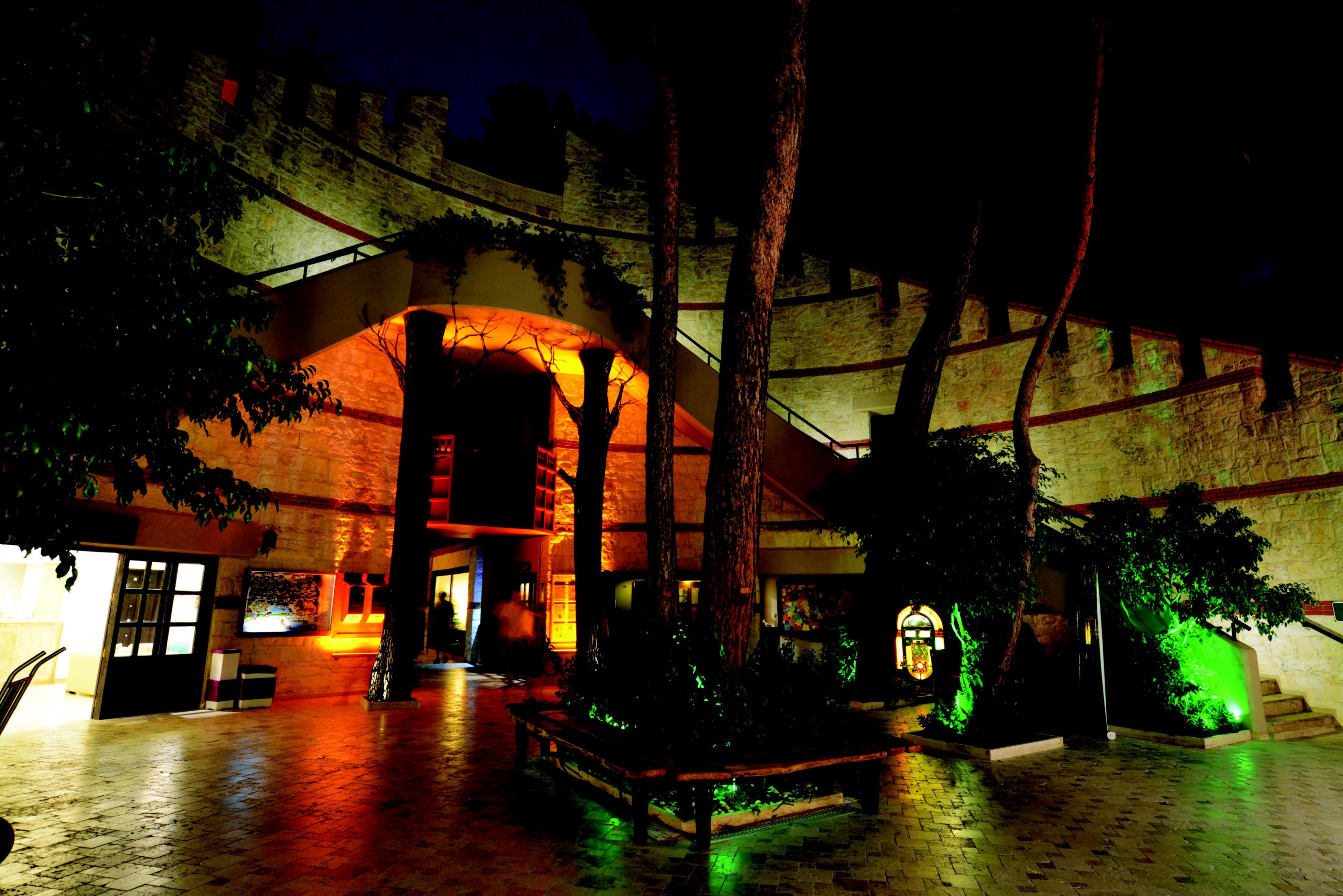 http://www.orextravel.sk/OREX/hotelphotos/ulusoy-kemer-holiday-club-area-0028.jpg