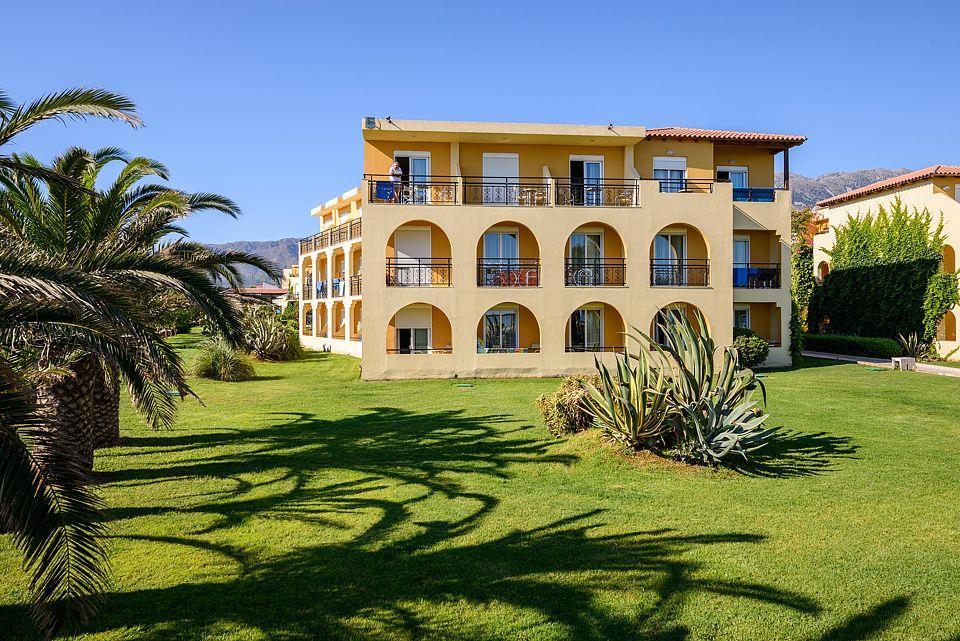 http://www.orextravel.sk/OREX/hotelphotos/vantaris-beach-general-0018.jpg
