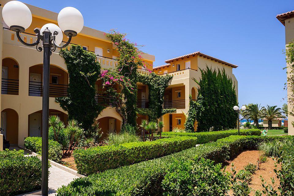 http://www.orextravel.sk/OREX/hotelphotos/vantaris-beach-general-0019.jpg