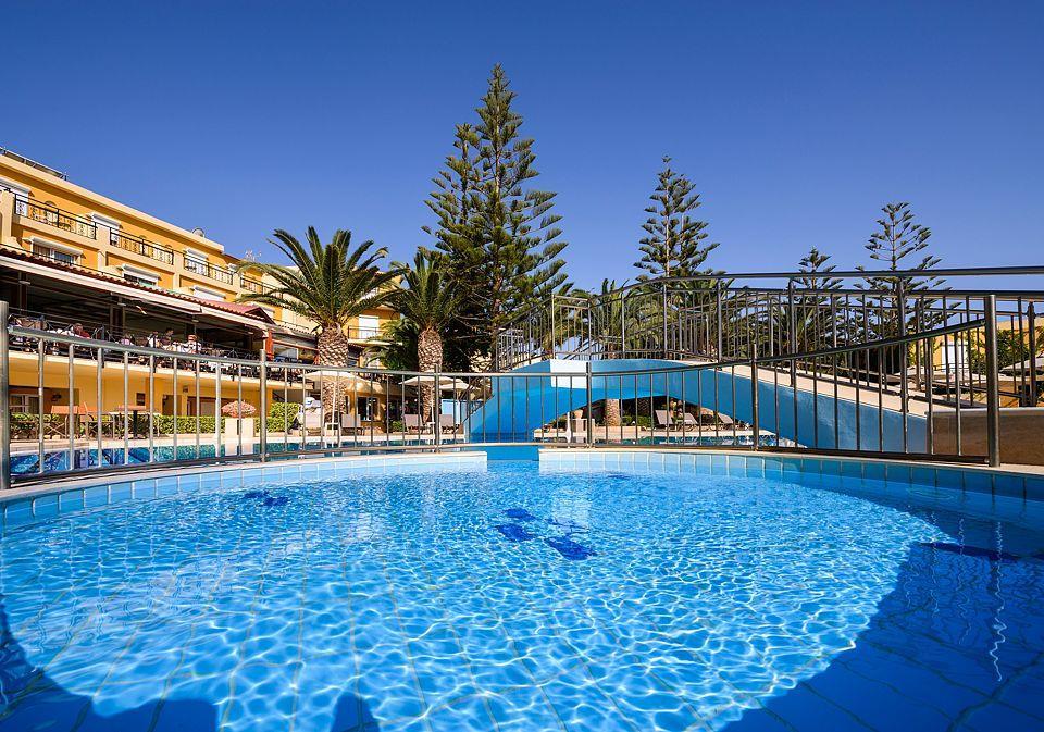 http://www.orextravel.sk/OREX/hotelphotos/vantaris-beach-general-0033.jpg