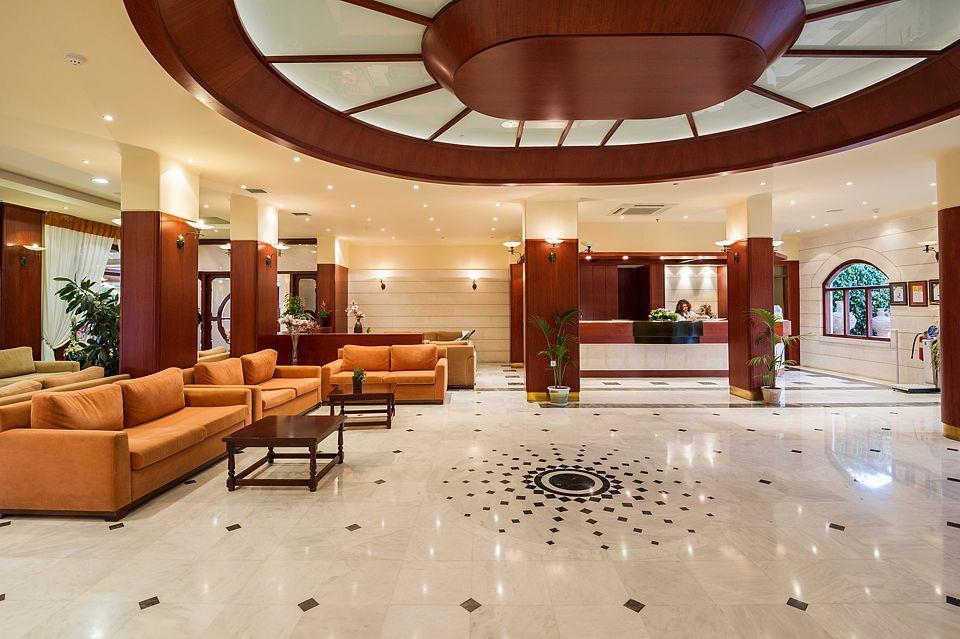 http://www.orextravel.sk/OREX/hotelphotos/vantaris-beach-general-0039.jpg