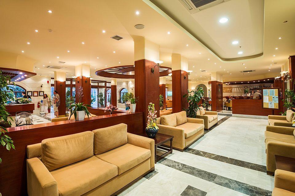 http://www.orextravel.sk/OREX/hotelphotos/vantaris-beach-general-0044.jpg