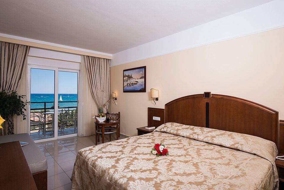 http://www.orextravel.sk/OREX/hotelphotos/vantaris-beach-general-0051.jpg