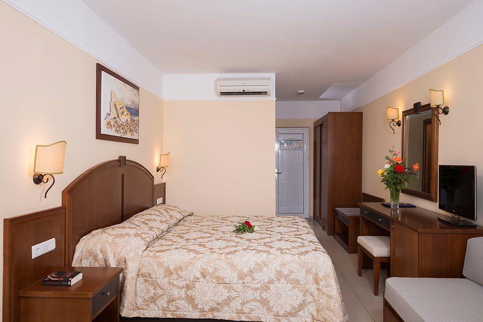 http://www.orextravel.sk/OREX/hotelphotos/vantaris-beach-general-0053.jpg