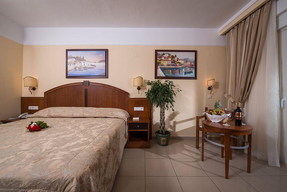 http://www.orextravel.sk/OREX/hotelphotos/vantaris-beach-general-0056.jpg