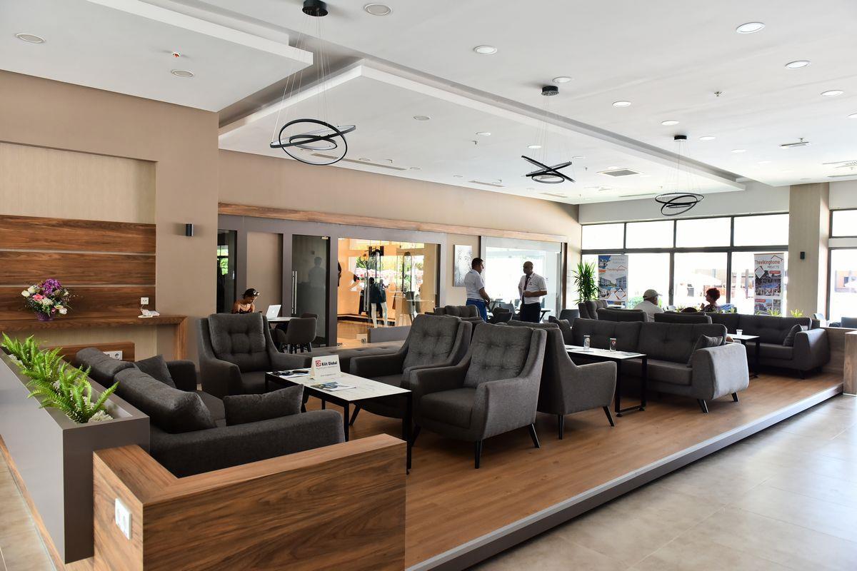 http://www.orextravel.sk/OREX/hotelphotos/viking-star-lobby-0036.JPG