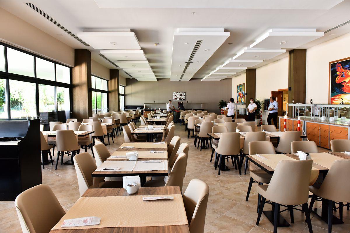 http://www.orextravel.sk/OREX/hotelphotos/viking-star-restaurant-0031.JPG
