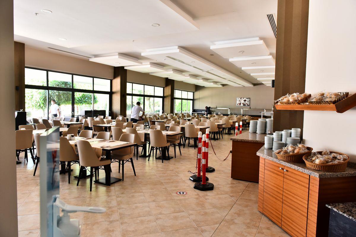 http://www.orextravel.sk/OREX/hotelphotos/viking-star-restaurant-0035.JPG