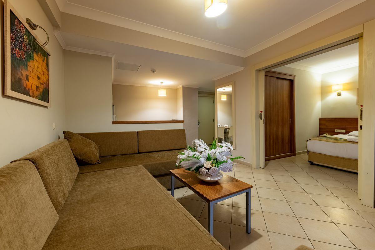 viking-suite-hotel-area-009